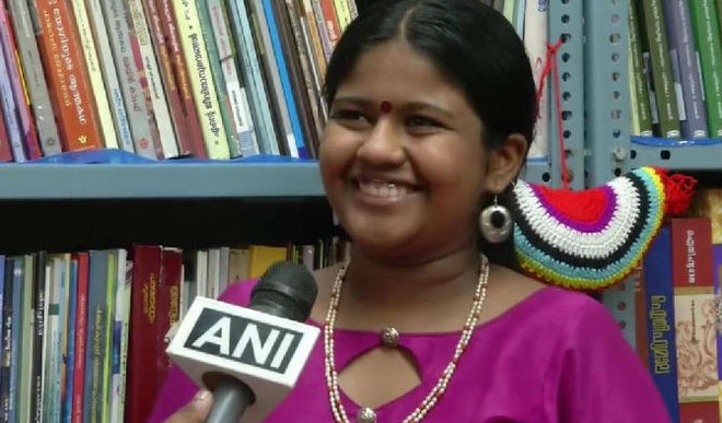 Meet 12YO Who Runs Free Library In Kochi