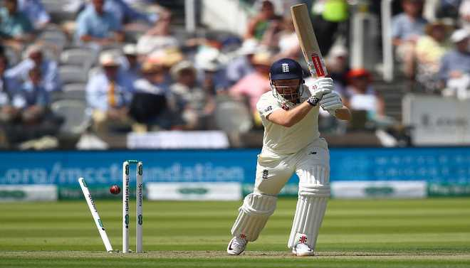 England Collapse Embarassing: Vaughan