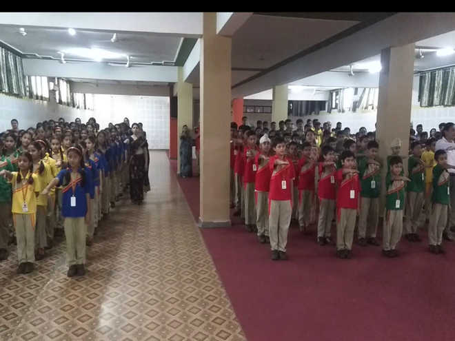 Students Pledge To Protect & Serve Country