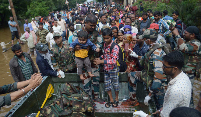 How Army's Flood Relief Work Is Wining Hearts