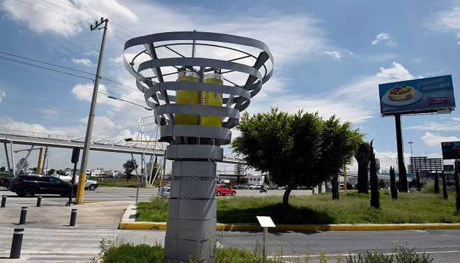 Artificial Tree To Help Curb Pollution