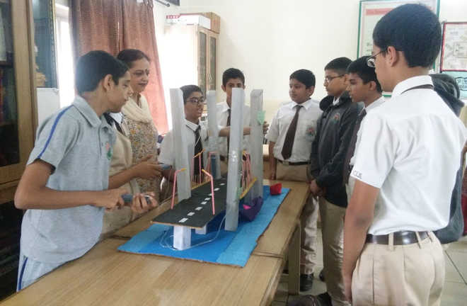 Students Make Bridge From Waste; Bag Prize