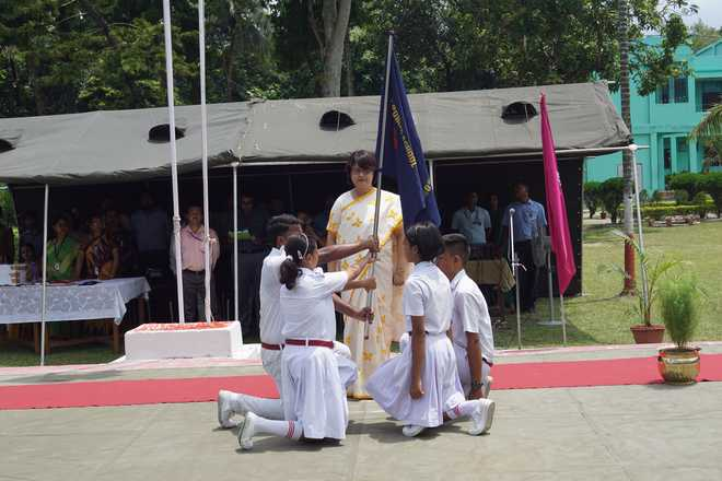 APS Barrackpore holds investiture ceremony