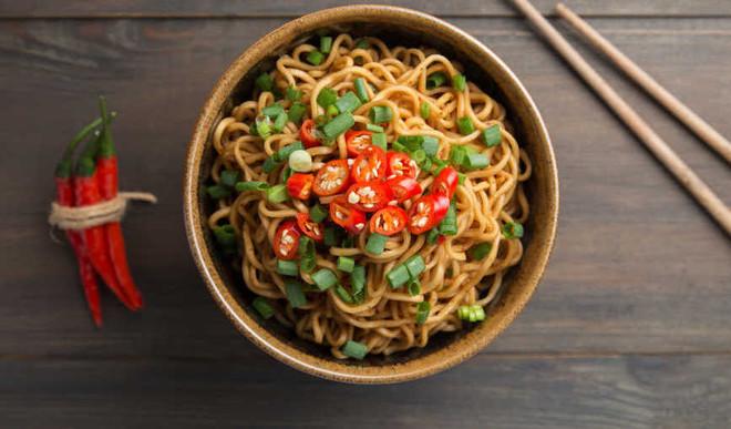 Tasty Spicy Stir-Fry Noodles