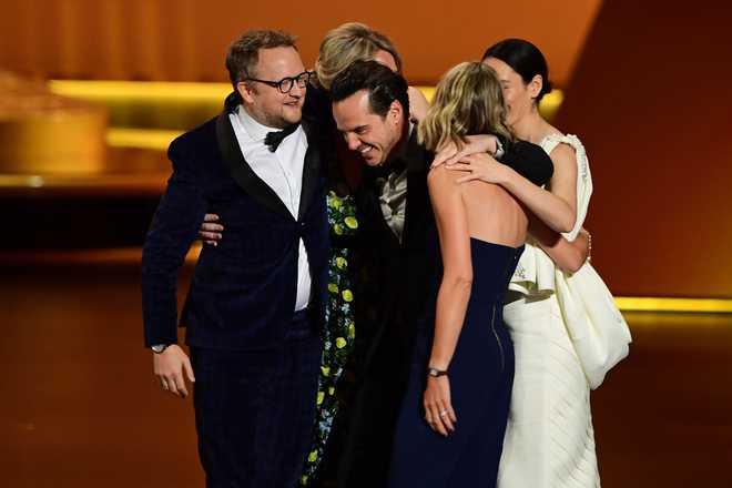 Amazon Dominates Comedy Emmys With 'Fleabag', 'Maisel'