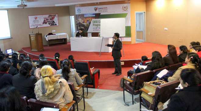 Teachers Participate In Capacity Building Workshop