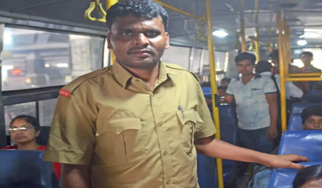 How This Bus Conductor Cleared UPSC Exams