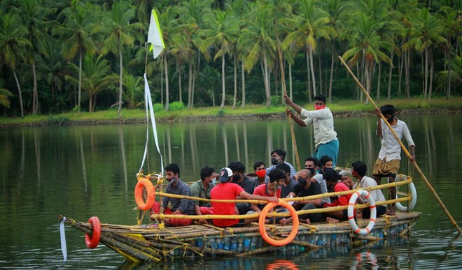 Youth Make Ferry From Plastic Bottles