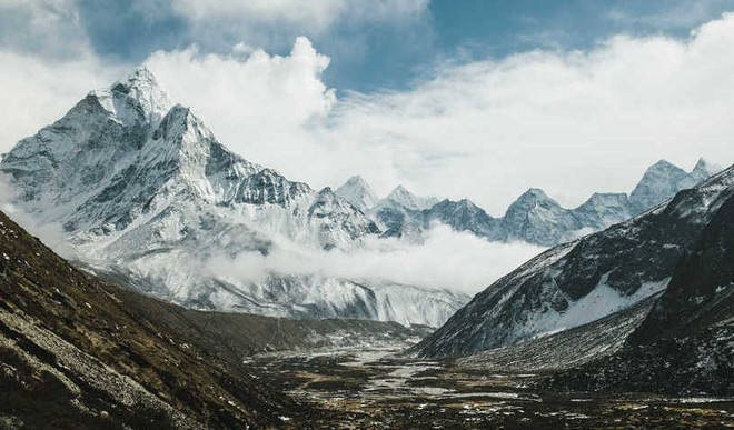 'Himalayas Poised For Series Of Quakes'