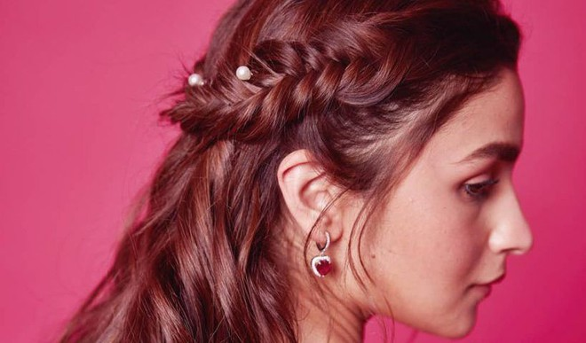 Festive Hairstyles For This Season