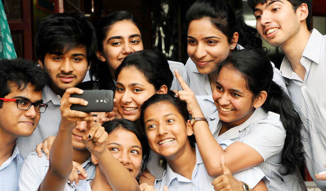 Niharika: Reminiscing Golden Days Of School Life