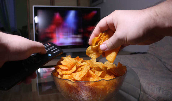 Are You Overeating In Front Of TV?