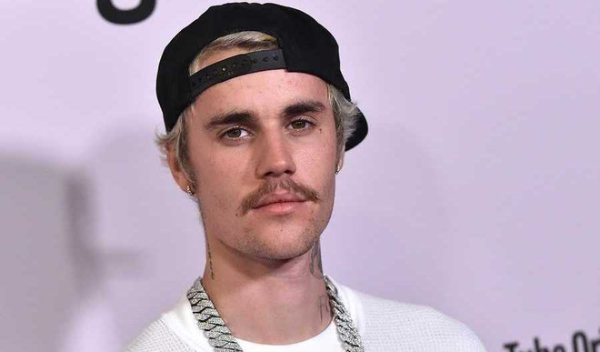 "Bieber Finds Grammy Nods ""Strange"""