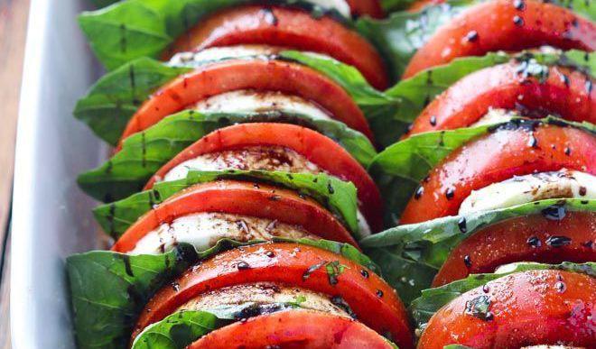 Tomato-Mozzarella Rolls For Weekend
