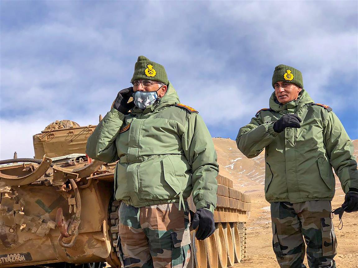Army Chief Visits Forward Posts In Ladakh