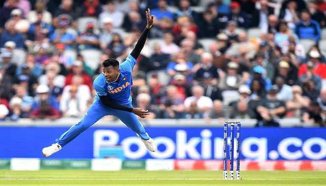 'Don't Rush Comeback' Says Zaheer To Pandya