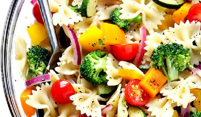 Healthy Tasty Farfalle Salad