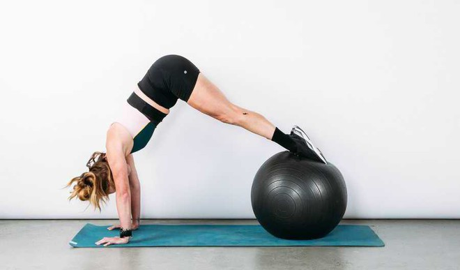 Use The Exercise Ball Right