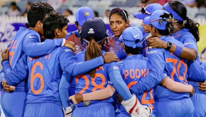 'We Are Proud Of You': Kohli Congratulates Women's Cricket Team
