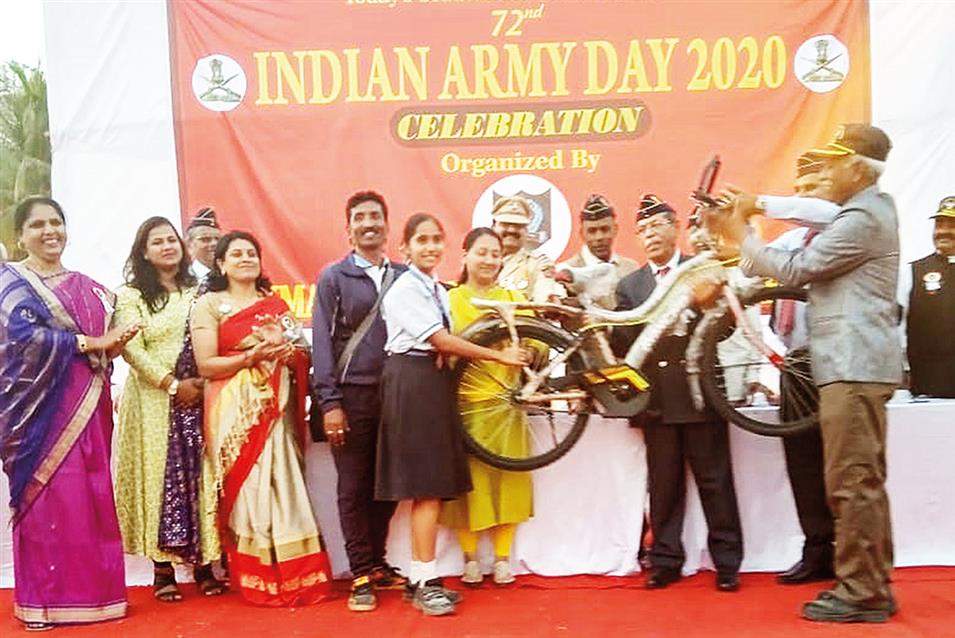 AIS Bags Prizes At Army Day Celebration