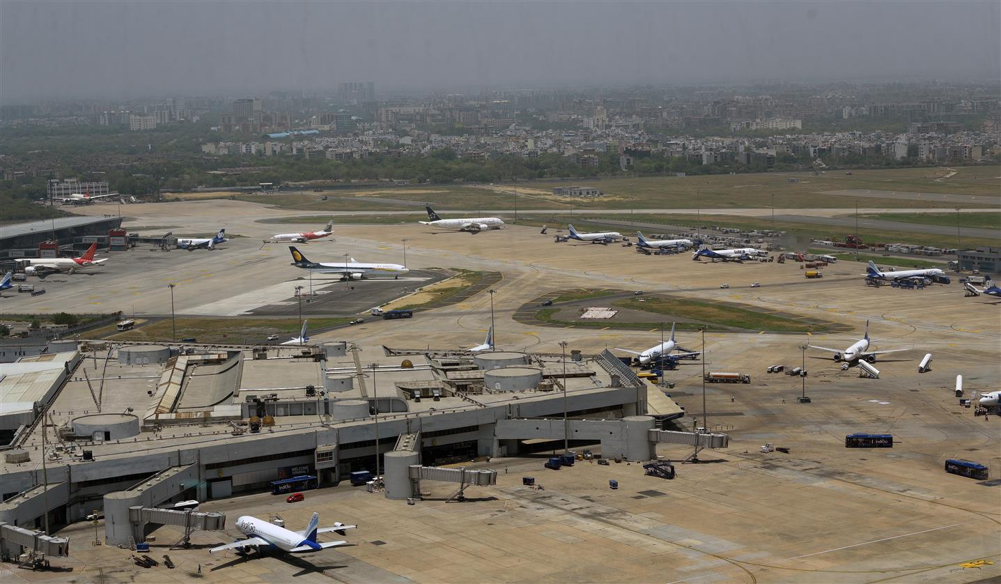 Ban On Int'l Flights Extended To April 14