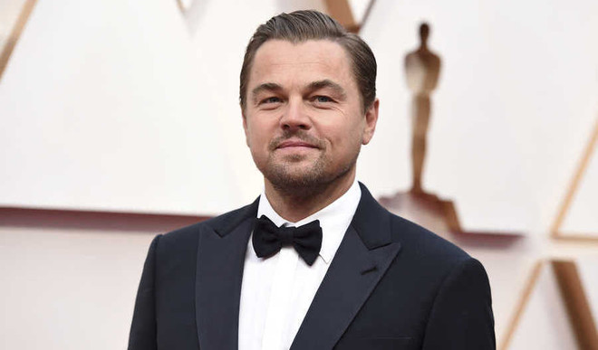 DiCaprio Offers Movie Role To Raise Money