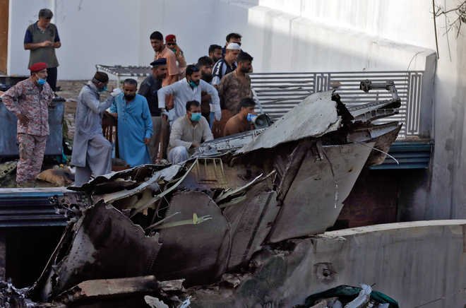 107 Dead in Pakistan Plane Crash