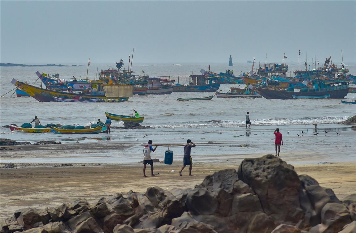 Now, Cyclone Nisarga Over W Coast
