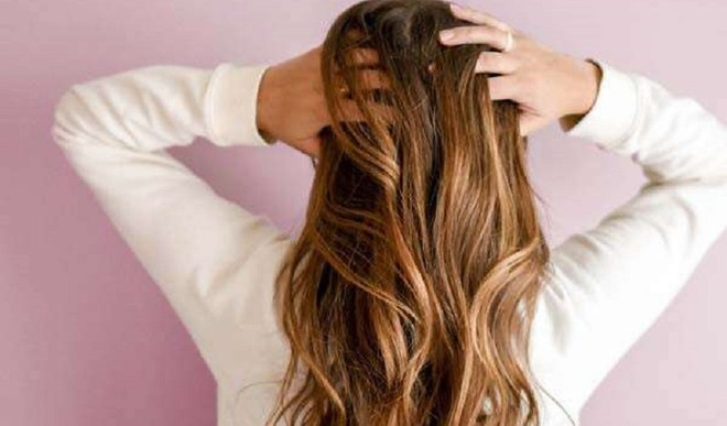 Tame Frizzy Hair In Monsoon