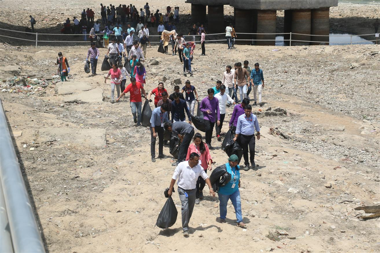 '1 Cr Youth To Engage In Swachch River Drive'