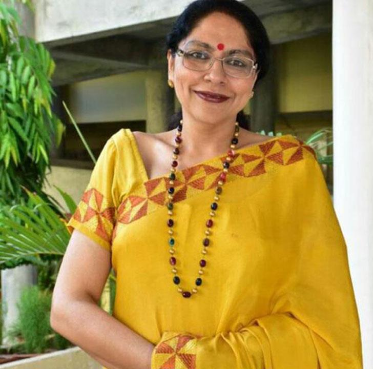 Anuja Sharma receives CBSE Award for Principals
