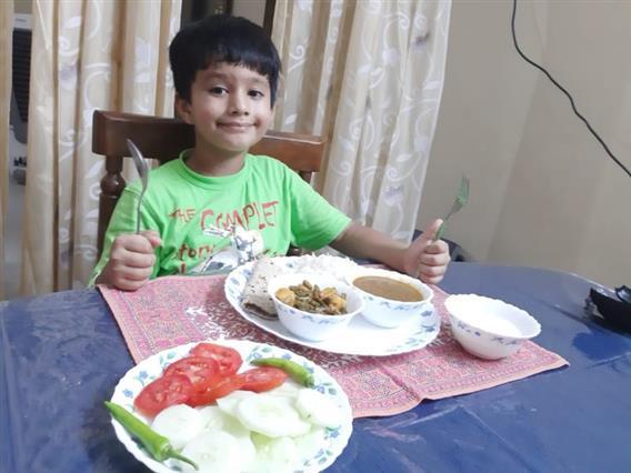 Kids make informative presentations on nutrient-rich foods