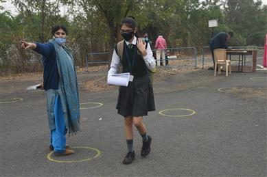 Delhi Schools Open For Classes 10,12 From Jan 18
