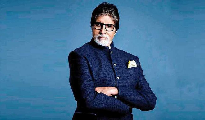 Big B Marks 79th B'Day With Style