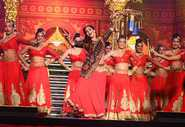 Learn Dance With Madhuri Dixit Online