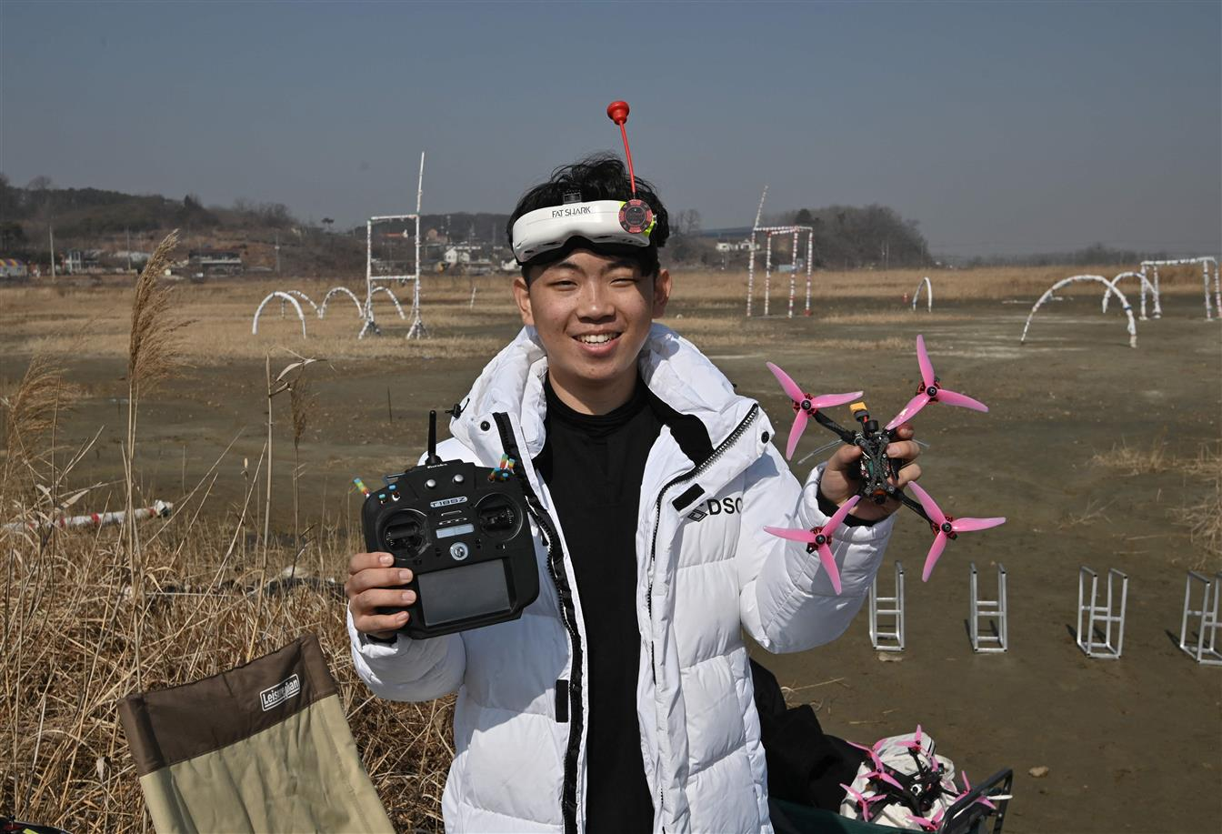 Meet 18-Yr-Old World Drone Champion