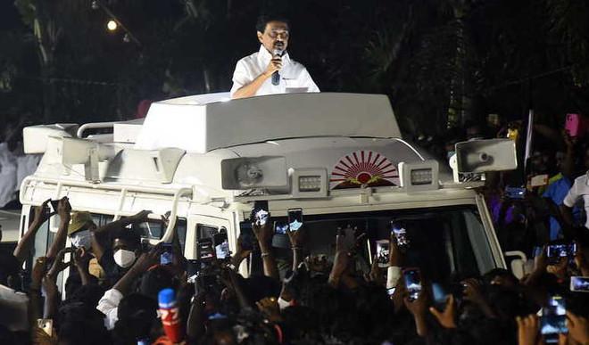 AIADMK, DMK: Key Contenders In TN Polls