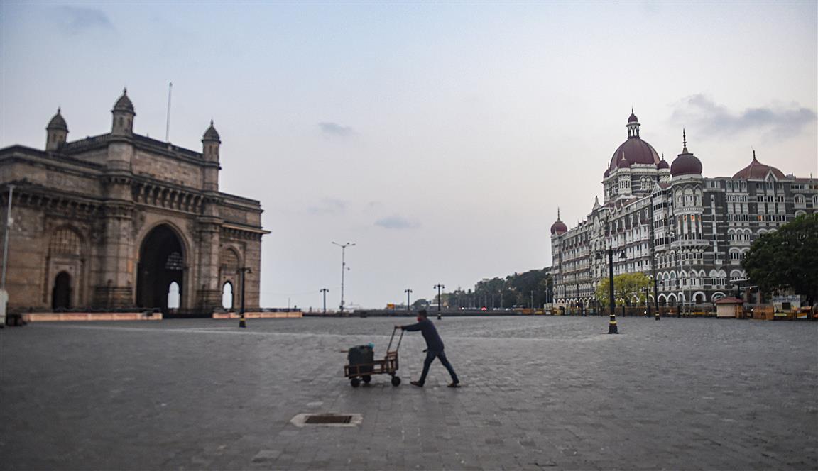 Mumbaikars Stays Home This Weekend
