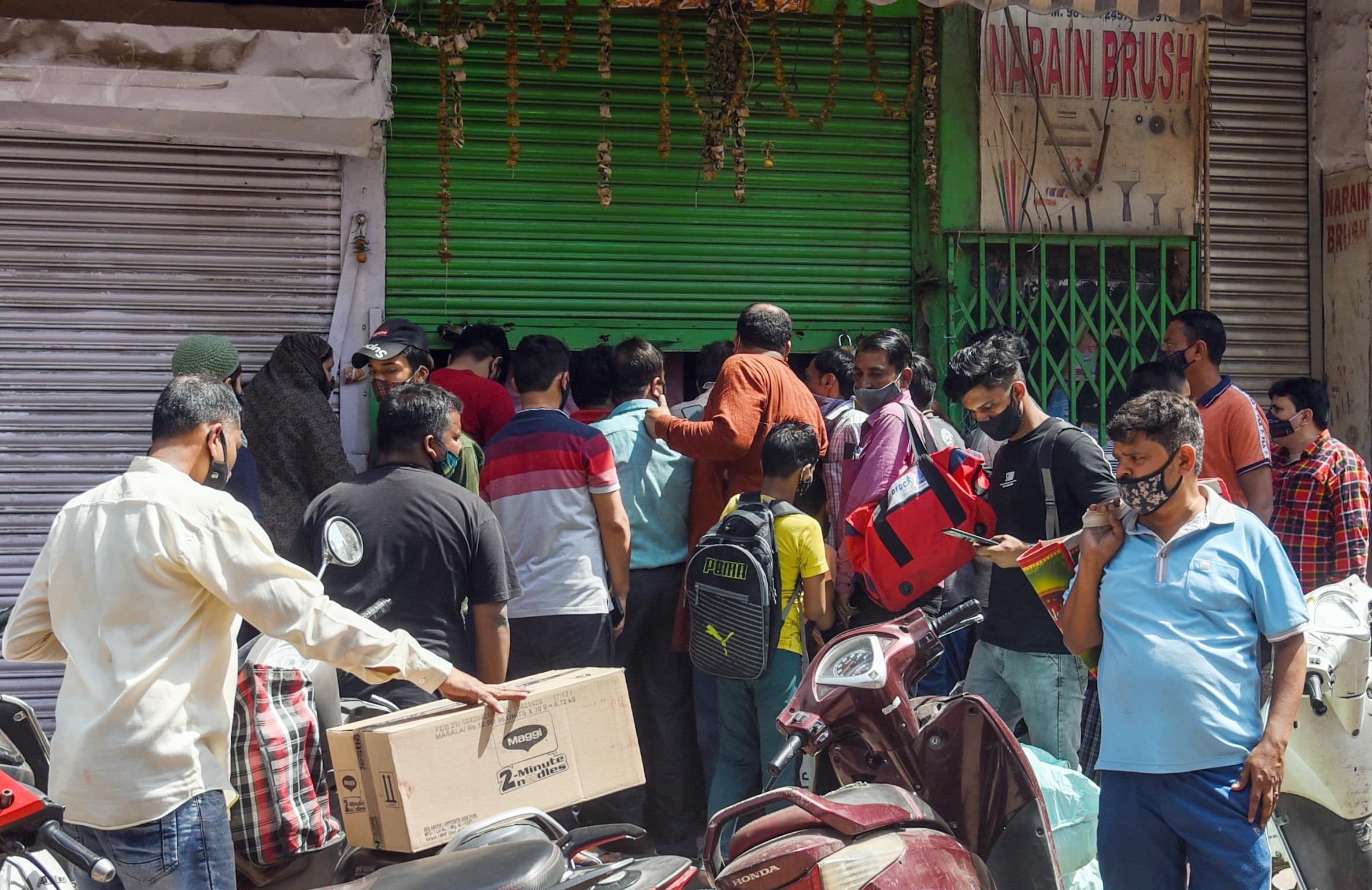 Delhi Announces Lockdown Till April 26