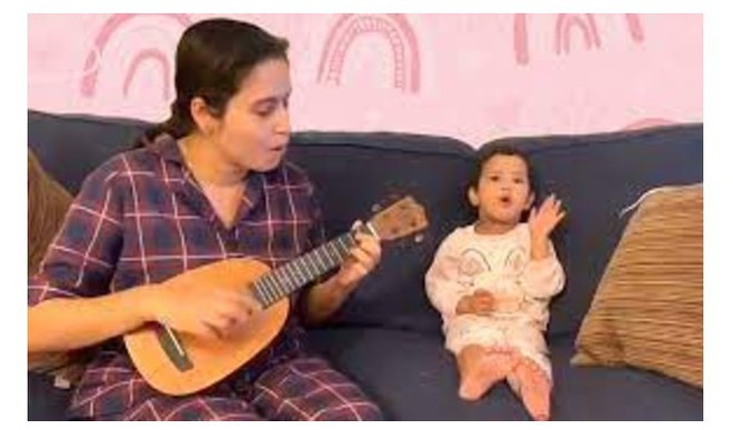 Mom-Daughter Performance Melts Hearts