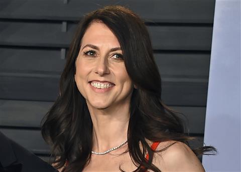 Bezos's Ex-Wife Donates $2.7 Bn As Charity