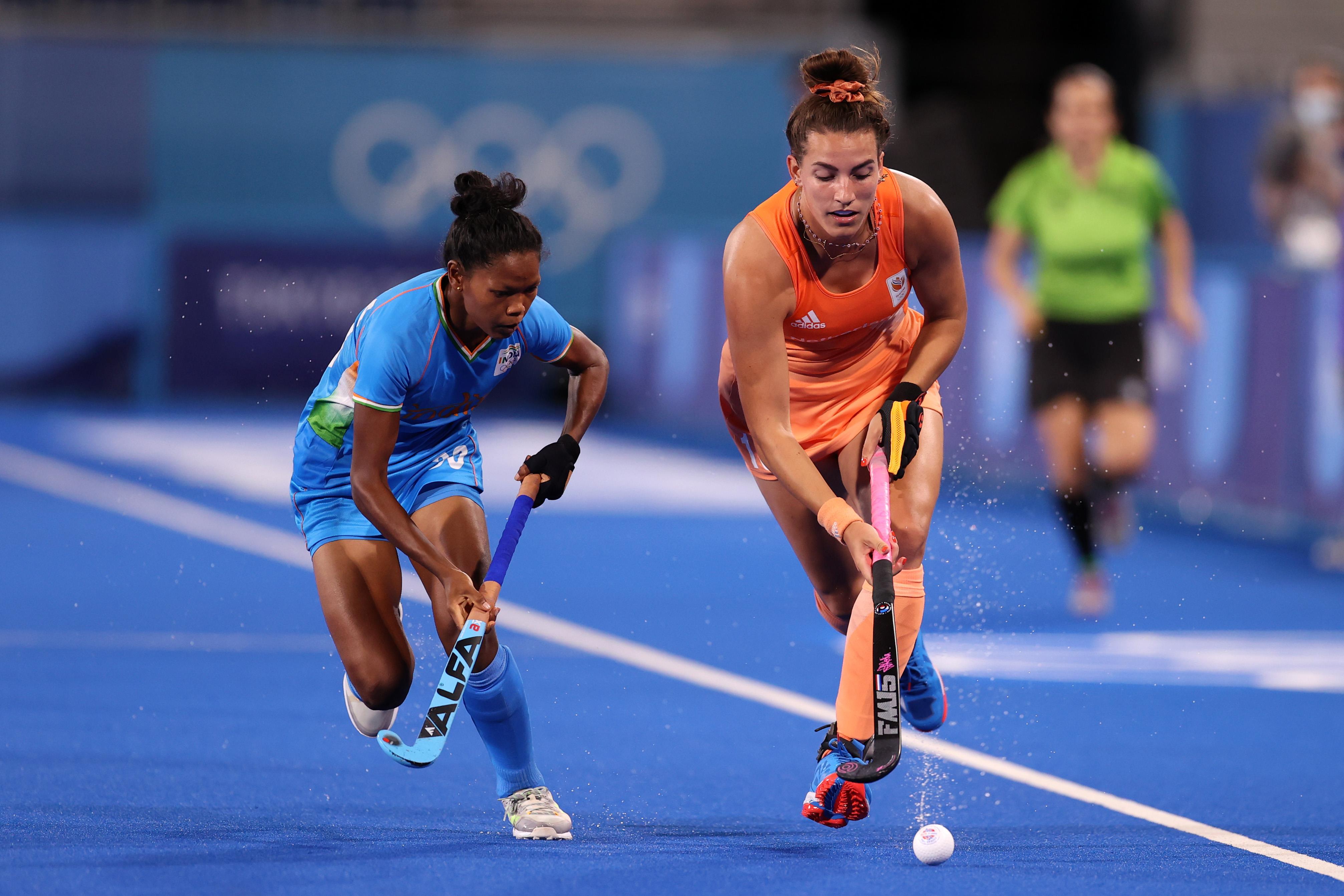 Women's Hockey Team Lose To Netherlands