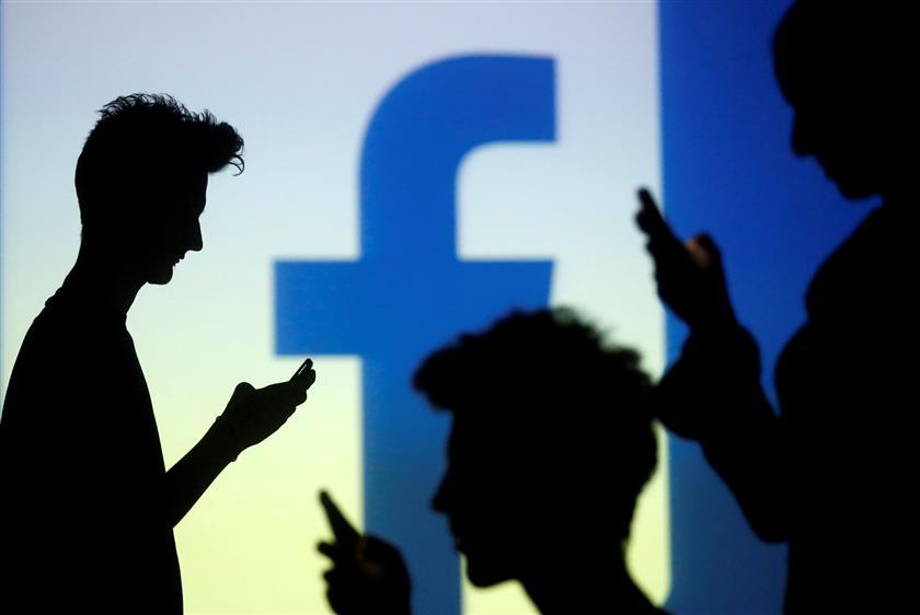 37% 10-yr-olds On FB, 24% On Insta: Study