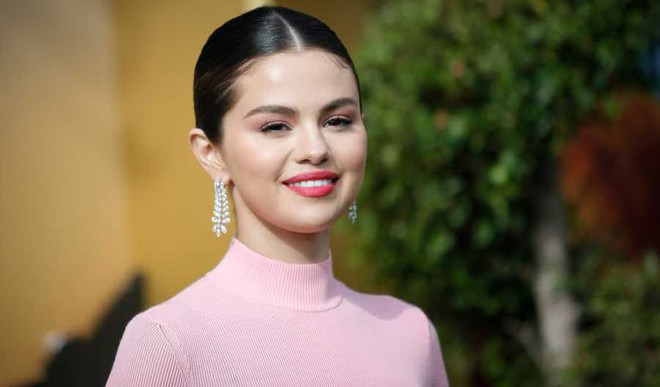 Selena Calls Out Makers Of 'The Good Fight'