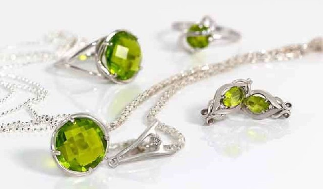 Peridot: The Gemstone For August
