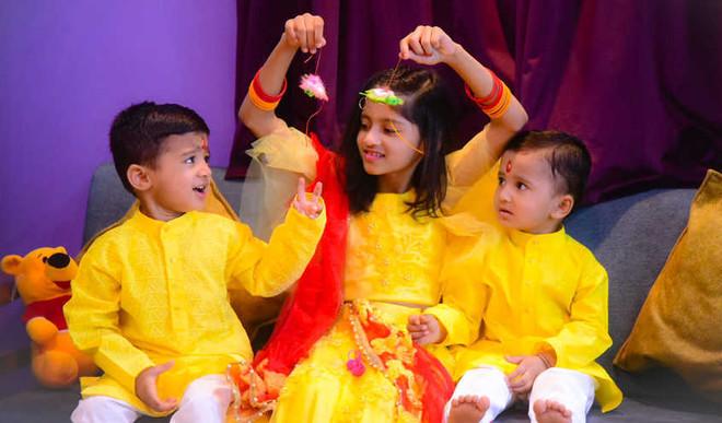 10 Rakhi Wishes For Siblings