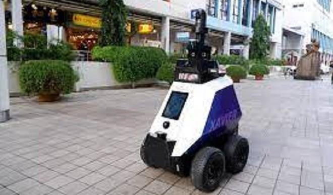 Robots In Singapore Detect Bad Behaviour